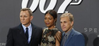 「007」最新作、英国の興行収入で新記録