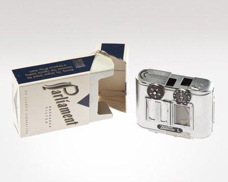 a-camera-that-fits-in-a-cigarette-pack